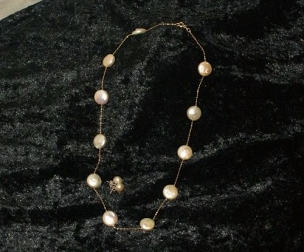 Cream Coin Pearl Necklace Set